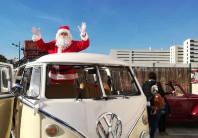 Llego Papá Noel a la Casa Ronald McDonald en nuestros queridos Cupido y Julietta.